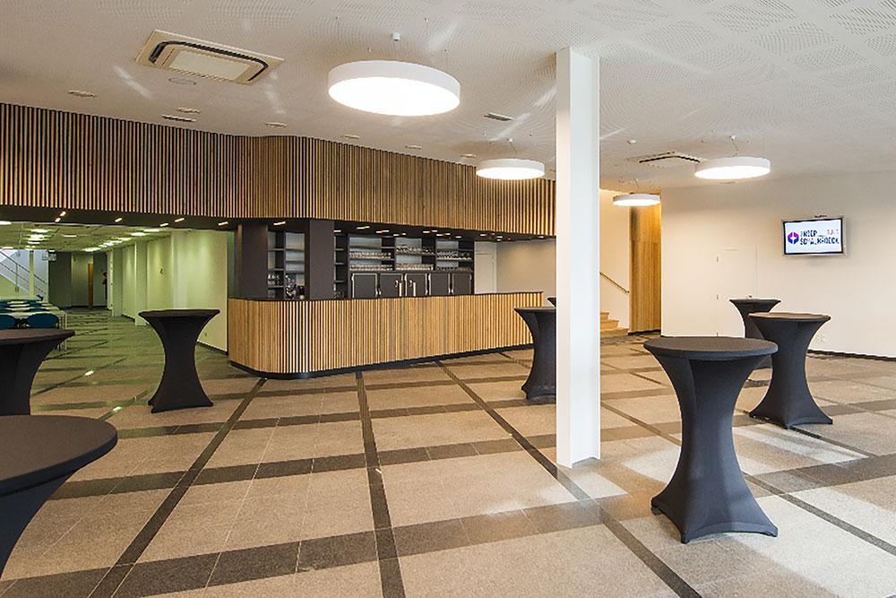 Foyer - Aula - Groep Schaubroeck